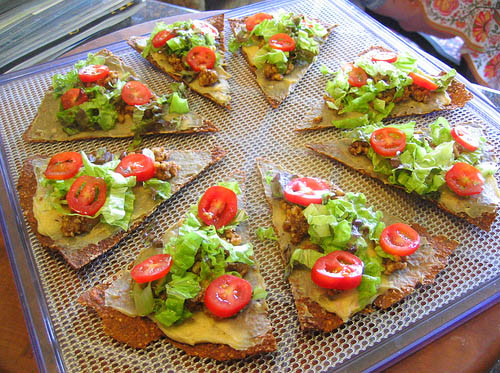 raw-pizza-with-lettuce-and-tomato