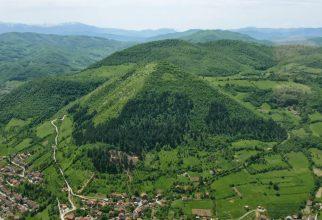 Bosanske piramide in Bracov pogled