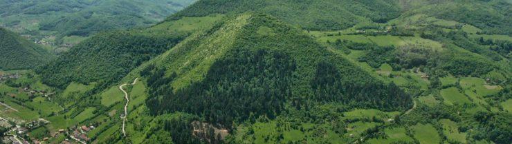Bracov pogled in Bosanske piramide